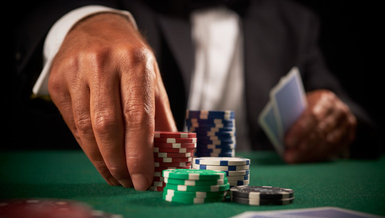 Aptitudinile pentru poker ale lui George Stephanopoulos, pe GMA