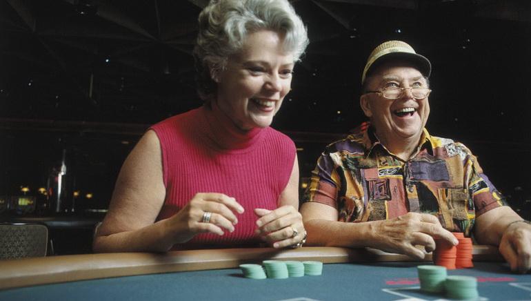 Blackjack cu Limită Mică